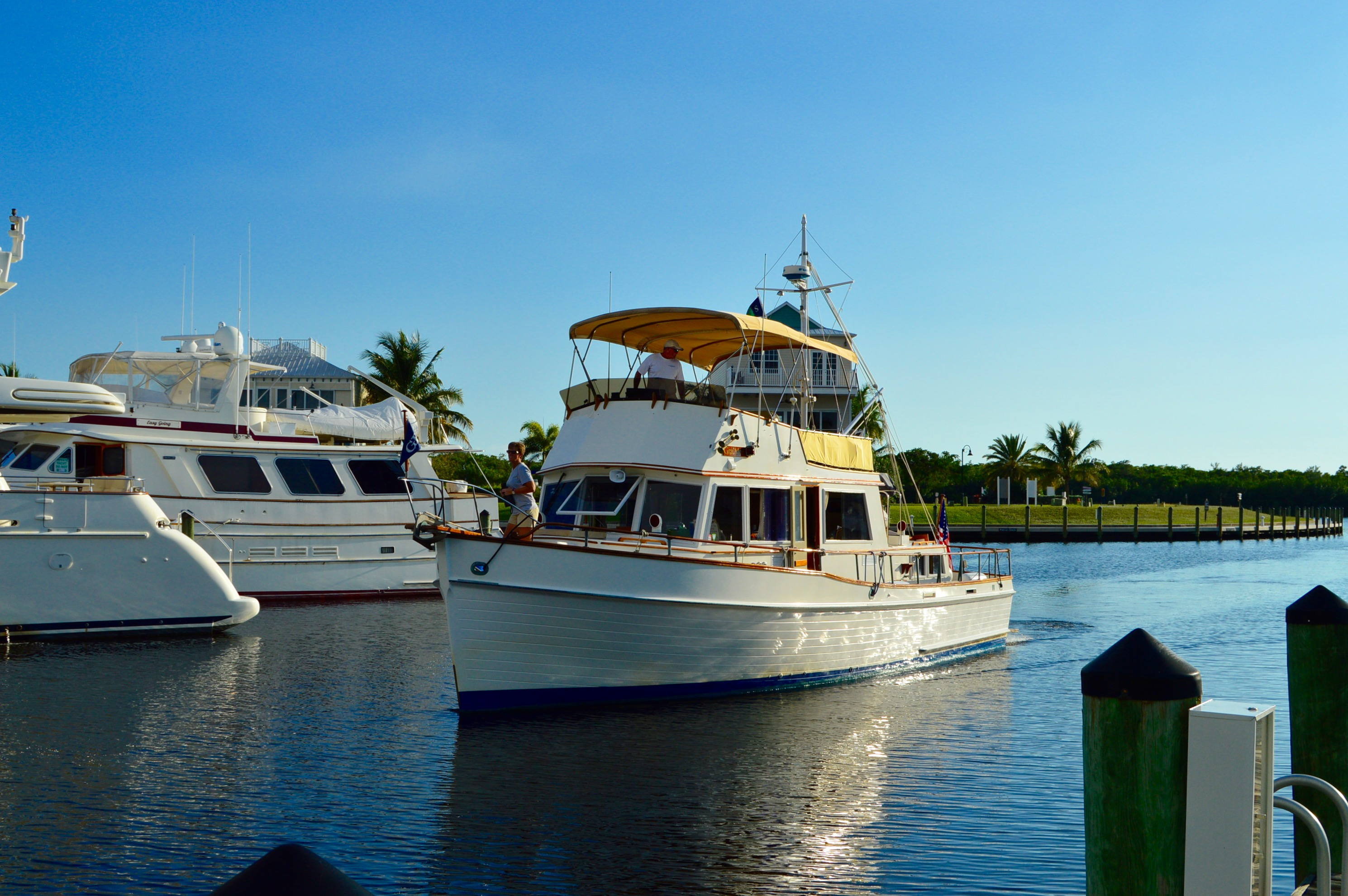 cape coral yacht club, tarpon point, cape harbour, caloosahatchee river, gulf of mexico