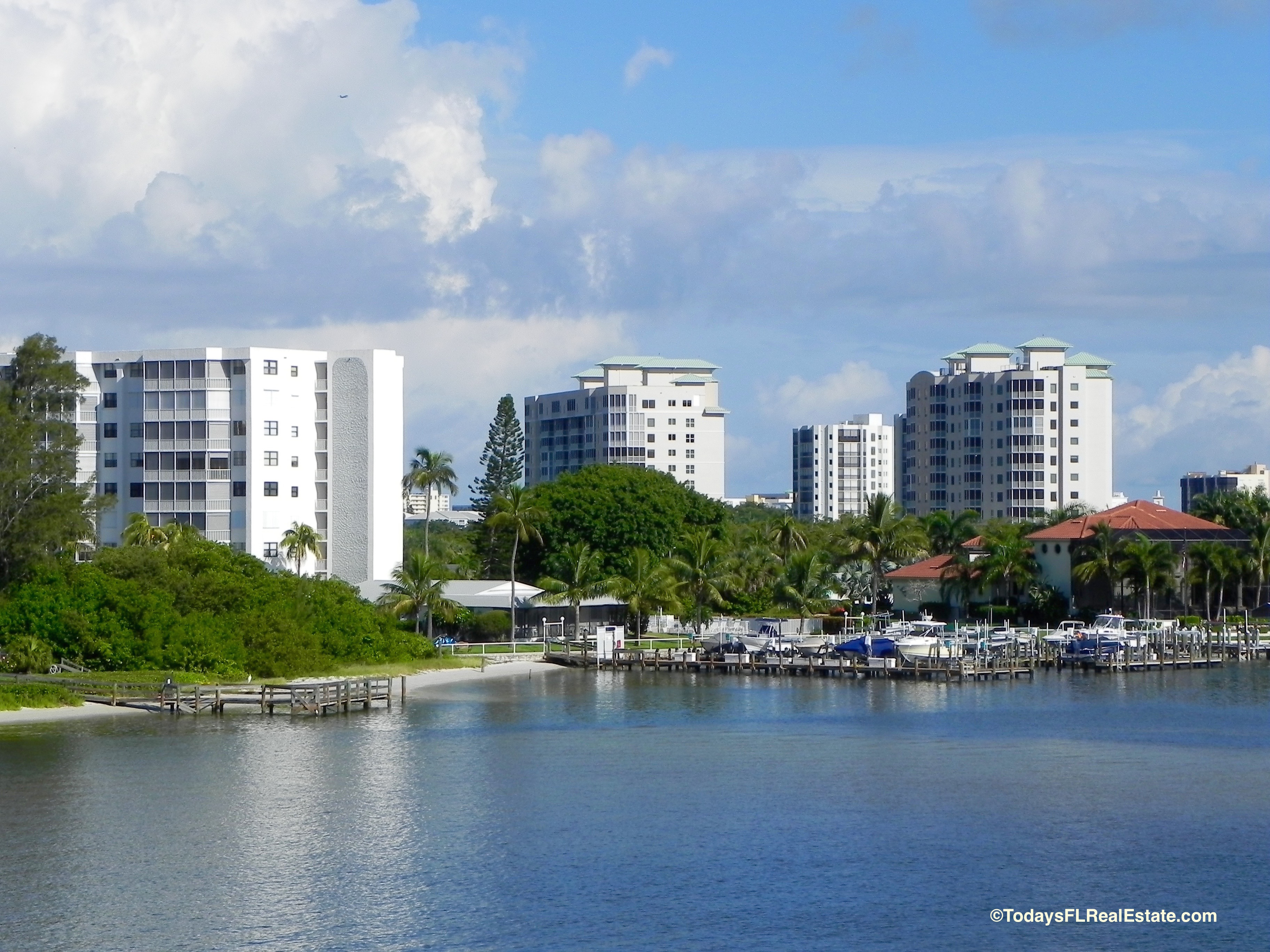 Fort Myers Beach Waterfront Condos, Fort Myers Beach Waterfront Homes for Sale