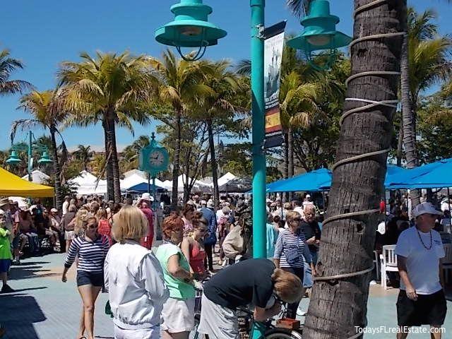 2017 Fort Myers Beach Florida Shrimp Festival Time Square