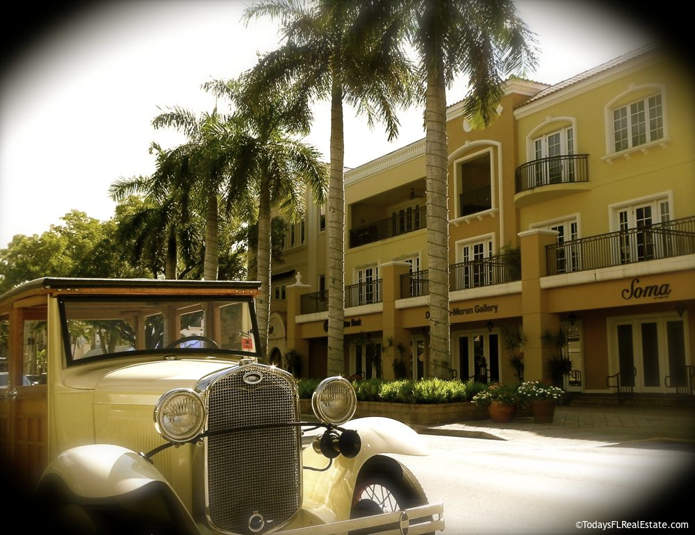 Olde Naples Florida Downtown