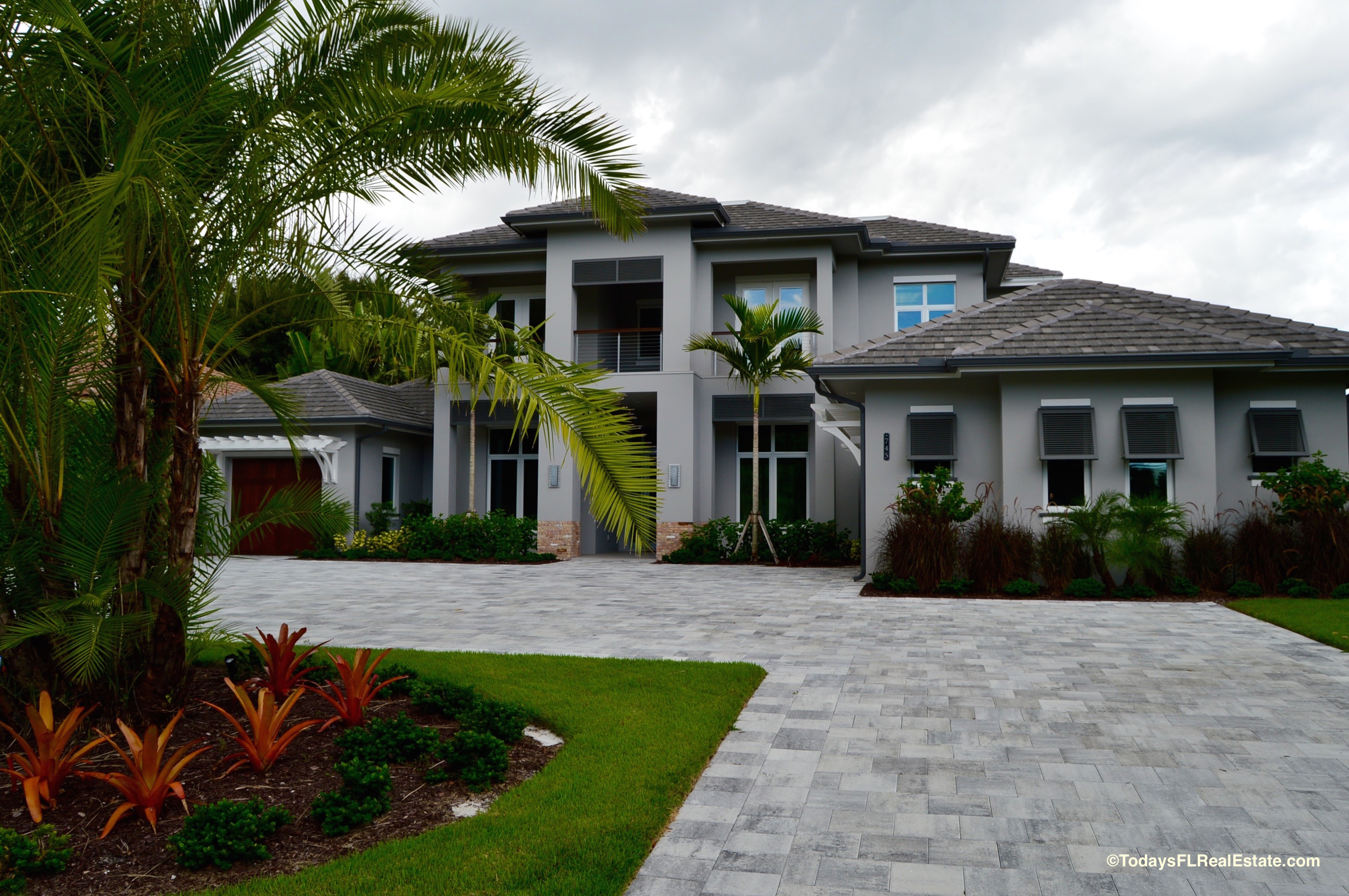 Southwest florida home values on the rise for Expensive homes in florida